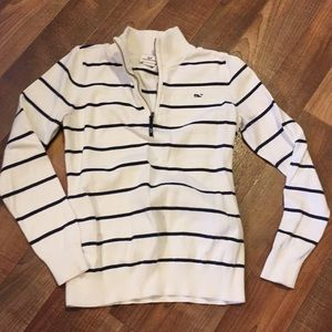 Vineyard vines blue and white striped sweater